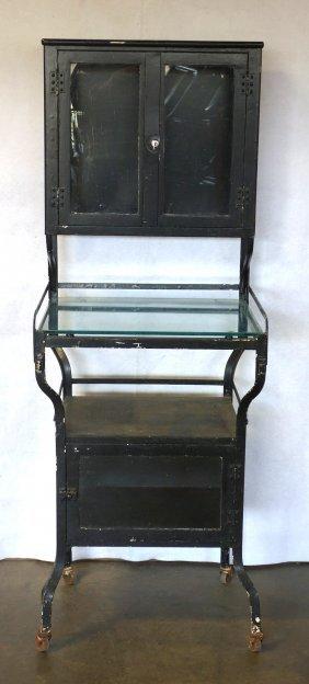 Medical Cabinet Having 2 Glass Doors Over Glass Shelf
