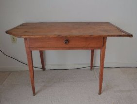 Late 18th Century Tavern Table With Single Piece Bread