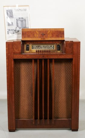 Antique 1939 Philco Tube Radio Spinet Furniture Design