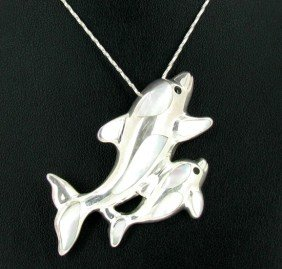101twc MoP Sterling Dolphin Pendant Necklace