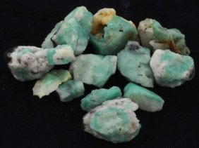 204ct Better Grade Colombian Emerald Rough