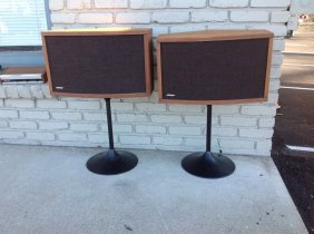 2 Vintage Bose 901 Series Iv Speakers On Stands, Serial