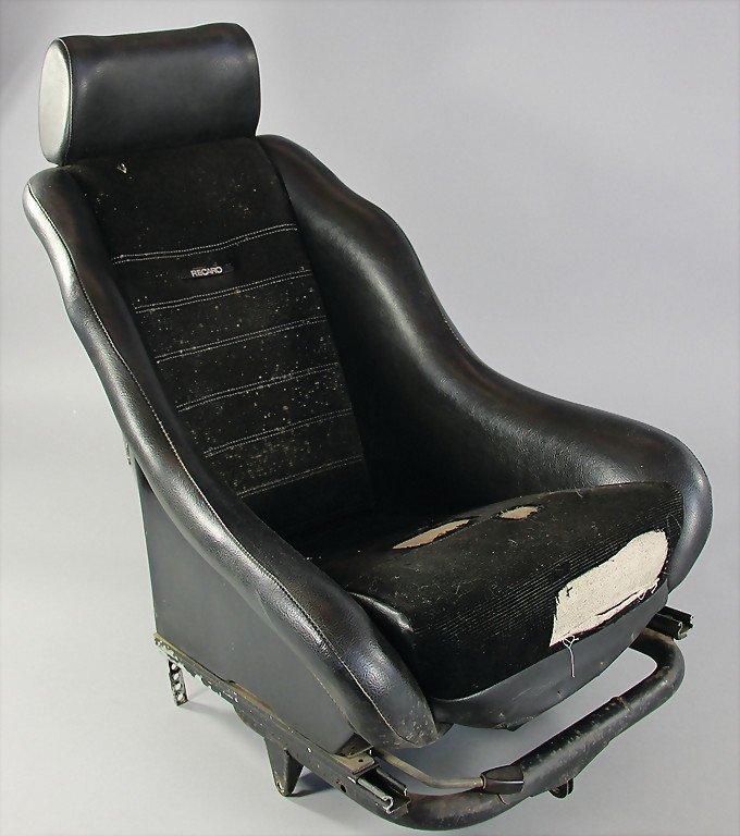 PORSCHE/RECARO racing seat model 1328 with headrest for : Lot 1642
