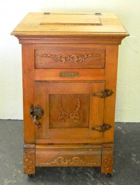 396: Mascot oak icebox, brass name plate on front, galv : Lot 396