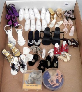 Grouping Of Vintage Fashion Doll Shoes