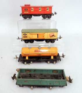 Grouping Of Lionel Prewar Freight Cars
