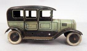 Bing Tin Litho Sedan Car Windup, Limousine