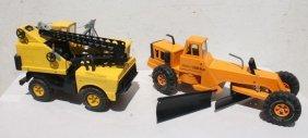 Lot Of 2 Large Tonka Construction Vehicles Incl Crane &