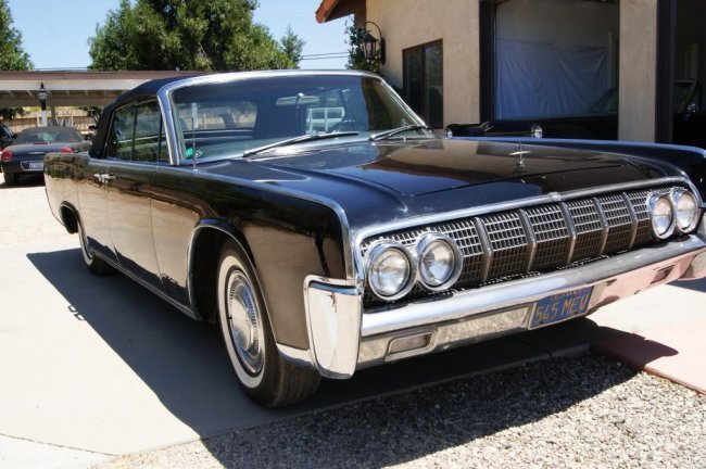 156 1964 lincoln continental convertible 4 door lot 156. Black Bedroom Furniture Sets. Home Design Ideas
