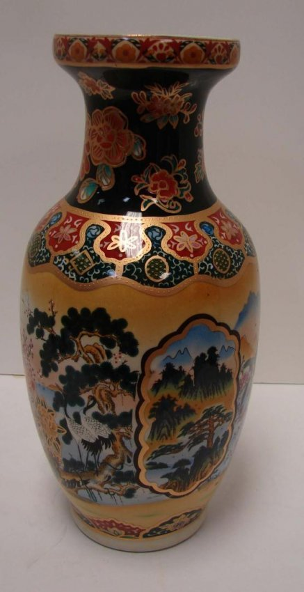Hand Painted Japanese Satsuma Vase 14 Quot Tall Lot 74