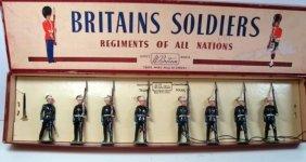 Britains Set # 35 Royal Marines At Slope