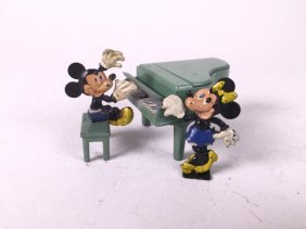 Salco Mickey And Minnie Mouse At Piano