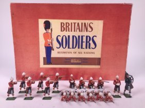 Britains Set #2025 Queens Own Cameron Highlanders