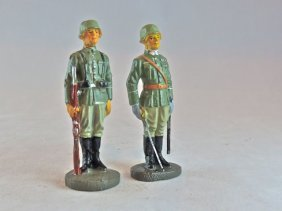 Elastolin 2 Scarce German Soldiers At Attention