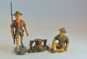 Rare Elastolin 2 Boyscouts + Small Camp Fire