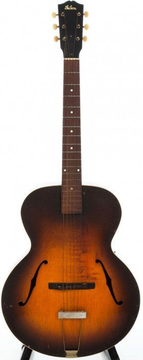 1930s Gibson L-4 Archtop Acoustic Guitar