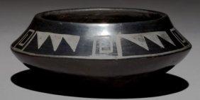 A SAN ILDEFONSO BLACKWARE JAR Tonita Roybal C. 1