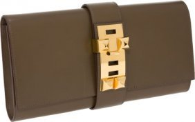 Hermes 29cm Toundra Calf Box Leather Medor Clutc