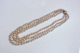 Lady's Three-strand Pearl Necklace