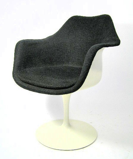 59 ORIGINAL EERO SAARINEN TULIP CHAIR KNOLL Lot 59