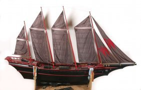 Full Size Sailing Ship Miniature From Stuart Little Lot 1097