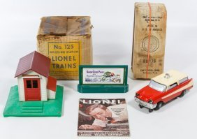 Lionel Model Toy Train Accessories