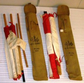 PR. OF WWI US SIGNAL FLAGS IN CANVAS BAGS IN GOOD