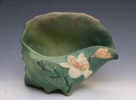 Roseville Green Magnolia Conch Shell