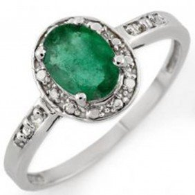 0.85 Ctw Emerald & Diamond Ring 10K