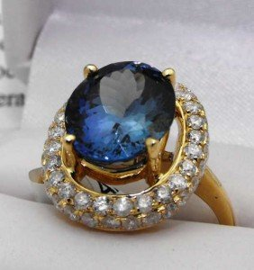 $15,000 Appraised COLOR CHANGE Tanzanite Ring