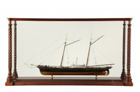 Cased Ship Model - Unidentified Yacht, Black-hulled,