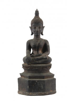"Asian Bronze Sculpture - Bronze Seated Buddha ""calling"