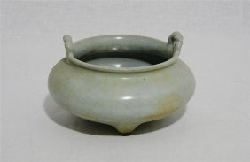 Chinese Celadon Crackle Tripod Porcelain Incense Burner