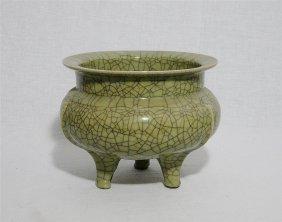 Large Chinese Crackle Tripod Porcelain Incense Burner