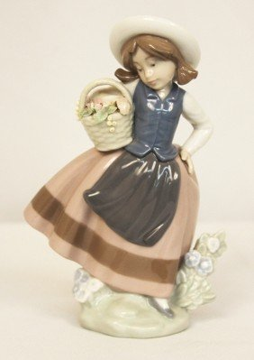 Lladro #5221 Sweet Scent Retired 2005 RARE ED1200