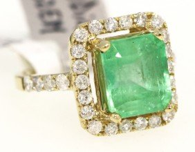 14KT Yellow Gold 4.52ct Emerald And Diamond Ring RM303