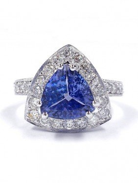 14KT White Gold 2.26ct Tanzanite And Diamond Ring A3529