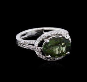 3.03ct Green Tourmaline And Diamond Ring - 14kt White