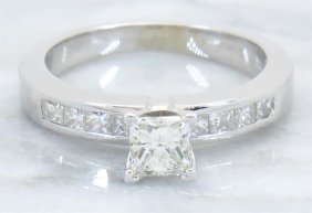 Egl Usa 0.75ctw Diamond Ring - 14kt White Gold