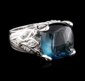 14kt White Gold 14.69ct Topaz And Diamond Ring