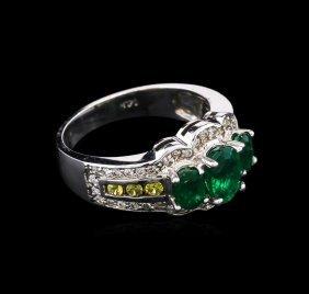 5.23ctw Emerald, Sapphire And Diamond Ring - 14kt White