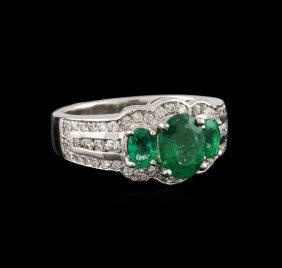 14kt White Gold 1.06ctw Emerald And Diamond Ring