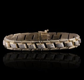 14kt Yellow Gold Diamond Bracelet