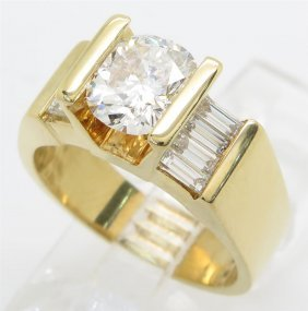 2.01ctw Diamond Ring - 18kt Yellow Gold
