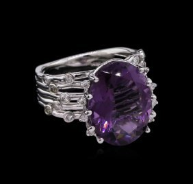7.83ct Amethyst And Diamond Ring - 14kt White Gold