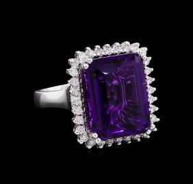 13.48ct Amethyst And Diamond Ring - 14kt White Gold