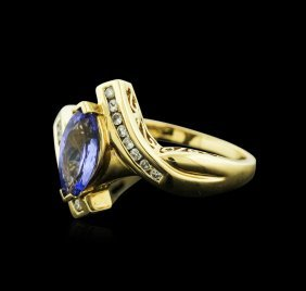 14kt Yellow Gold 0.99ct Tanzanite And Diamond Ring