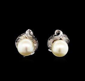 Pearl And Diamond Earrings - 18kt White Gold