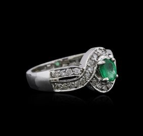 14kt White Gold 0.82ct Emerald And Diamond Ring