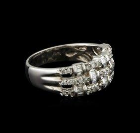 0.54ctw Diamond Ring - 18kt White Gold